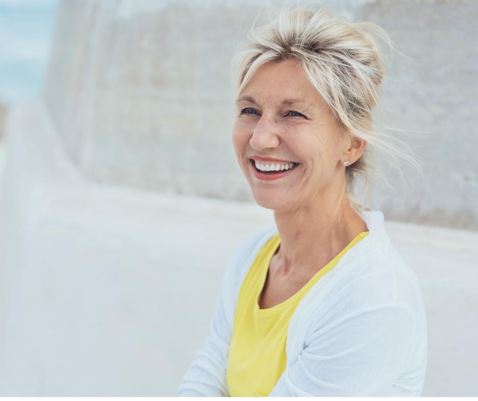 vrouw met tinnitus in menopauze